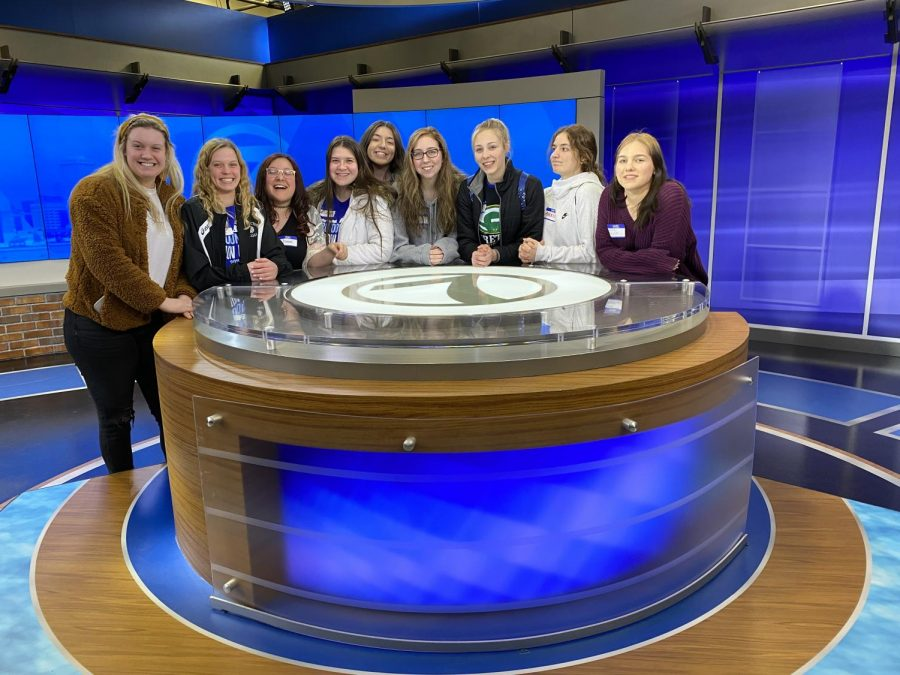 Touring+the+KETV+News+Station%2C+the+seniors+in+the+journalism+program+gather+around+the+news+table.+%22Journalism+has+taught+me+several+things%2C%22+Isabel+Mancilla+%2820%29+said.+%22Like+how+much+I+hate+the+phrase%2C+a+lot%2C+but+if+anything+it%27s+taught+me+how+to+really+get+out+there+and+talk+to+people+instead+of+being+too+anxious+to.%22+Mancilla+was+in+newspaper+for+three+years.