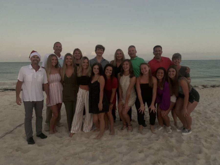 Say 'Cheese': Klare Peters (24) and her family photographed in Cancun, Mexico